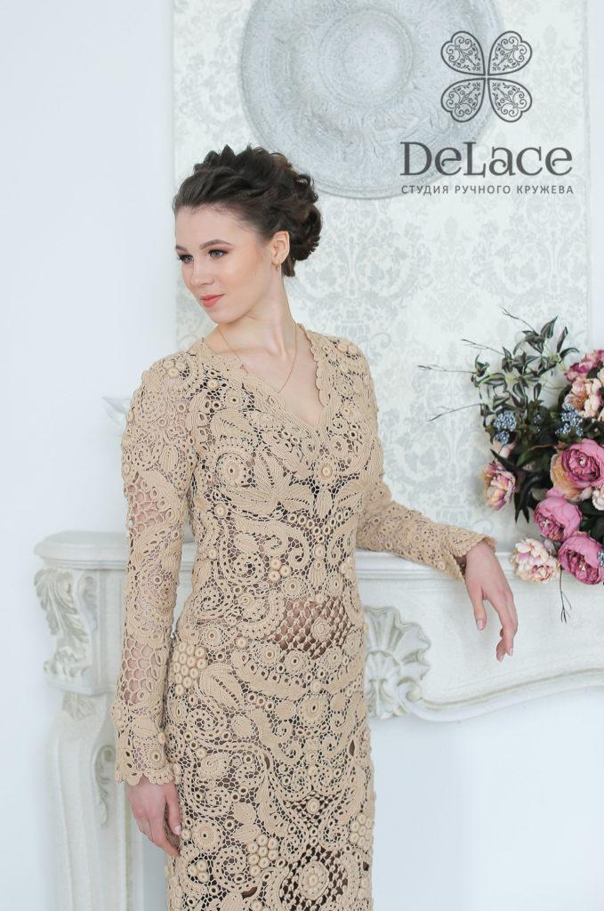 Платья связанные крючком. Первое платье, размещённое на нашем сайте.